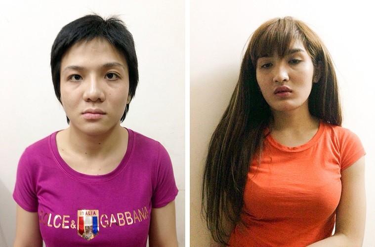 Giả gái cướp điện thoại của du khách nước ngoài - ảnh 1