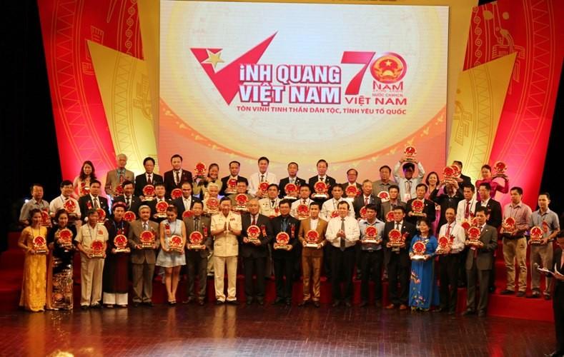 Vinh quang Việt Nam 2015: Hướng về lòng dân - ảnh 5