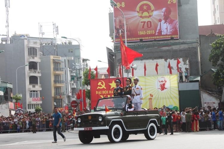 Toàn cảnh lễ mít tinh mừng 70 năm ngày Quốc khánh 2-9 - ảnh 14