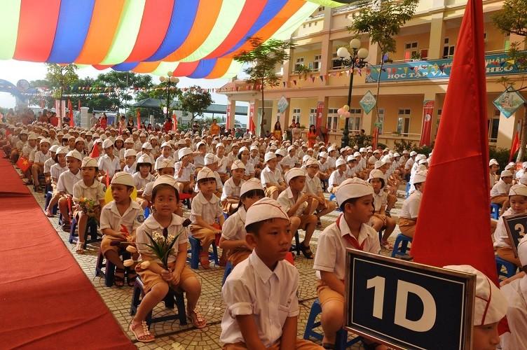 Rộn ràng lễ khai giảng năm học mới trên cả nước  - ảnh 7