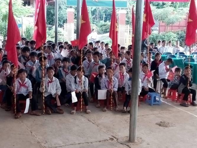 Rộn ràng lễ khai giảng năm học mới trên cả nước  - ảnh 4