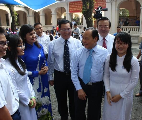 Trường chuyên Lê Hồng Phong hân hoan khai giảng năm học mới  - ảnh 5