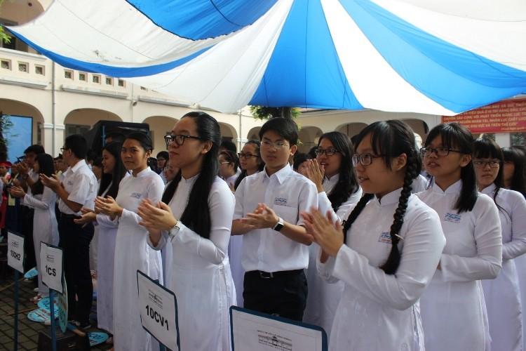 Trường chuyên Lê Hồng Phong hân hoan khai giảng năm học mới  - ảnh 3