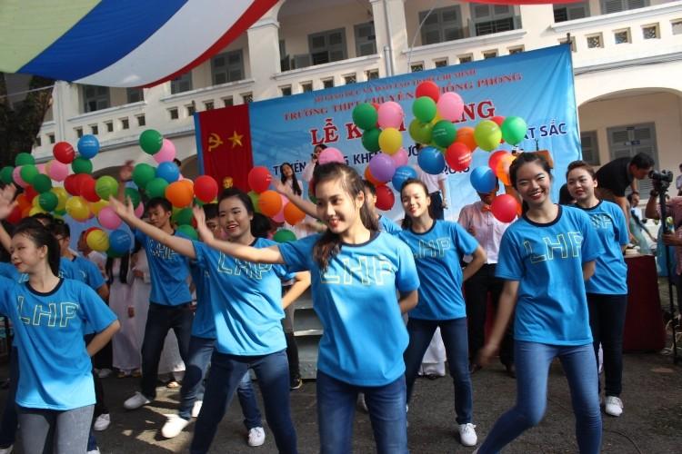 Trường chuyên Lê Hồng Phong hân hoan khai giảng năm học mới  - ảnh 2