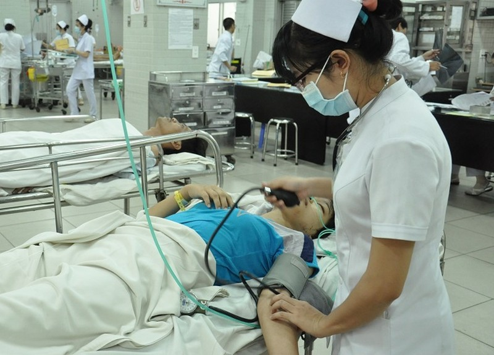 Nạn nhân bị xe Phương Trang tông bị thương nặng đã tỉnh - ảnh 1