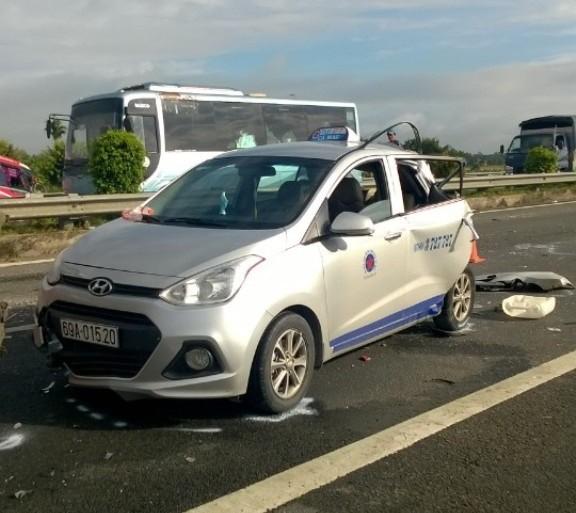 Tai nạn liên hoàn trên cao tốc Trung Lương, hai người chết - ảnh 5