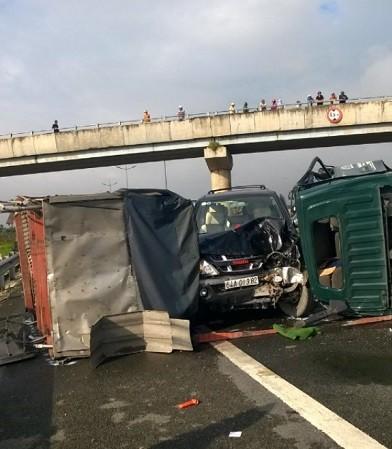 Tai nạn liên hoàn trên cao tốc Trung Lương, hai người chết - ảnh 6