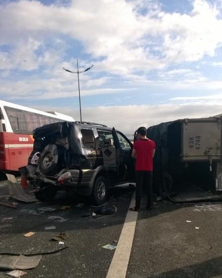 Tai nạn liên hoàn trên cao tốc Trung Lương, hai người chết - ảnh 4