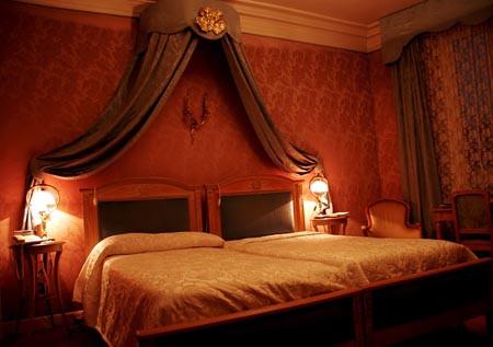 Bỏ túi 'nội quy phòng ngủ' của các cặp đôi - ảnh 4