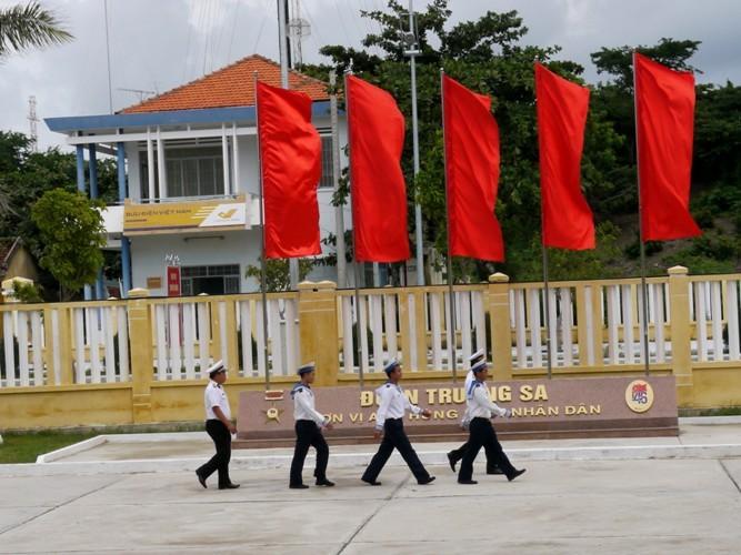 Cựu binh Trường Sa xúc động về thăm huyện đảo - ảnh 3