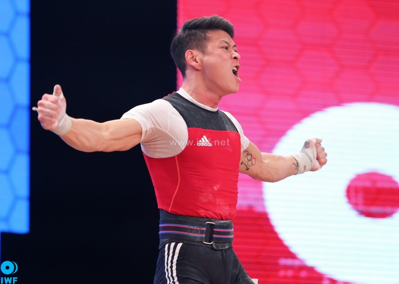 Đoạt ba suất Olympic Brazil 2016: Cử tạ Việt Nam đi vào lịch sử - ảnh 1
