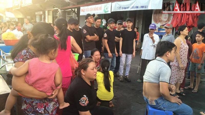 Cháy dữ dội hàng loạt căn nhà giữa trung tâm Sài Gòn - ảnh 3