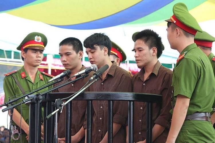 Xử vụ thảm sát Bình Phước: Dương, Tiến lãnh án tử, Thoại 16 năm tù  - ảnh 10