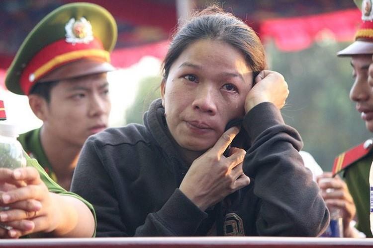 Xử vụ thảm sát Bình Phước: Dương, Tiến lãnh án tử, Thoại 16 năm tù  - ảnh 4
