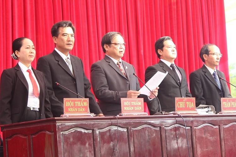Những điểm lạ của phiên tòa xử vụ thảm sát Bình Phước - ảnh 1