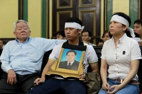 Bị đánh chết sau khi cãi CSGT: Gia đình đòi bồi thường 3,37 tỉ - ảnh 2