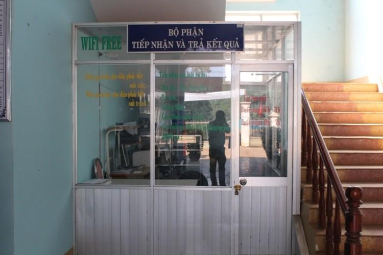 Đắk Nông: Trụ sở xã vắng hơn 'chùa Bà Đanh' sau tết - ảnh 4