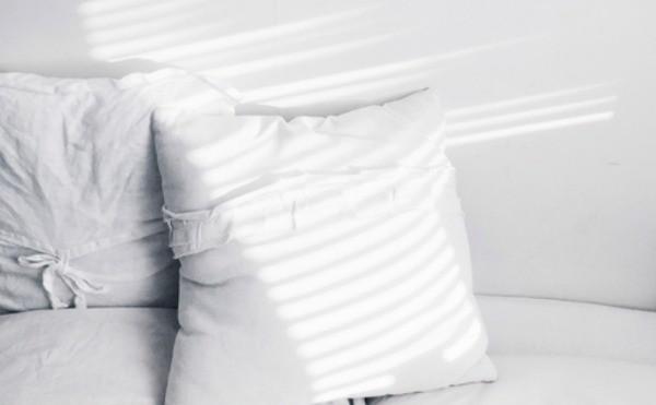 Vợ chồng đã biết… đi ngủ đúng cách? - ảnh 2
