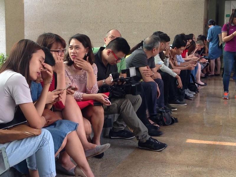 Cá chết bất thường, 150 nhà báo và cánh cửa đóng kín - ảnh 7