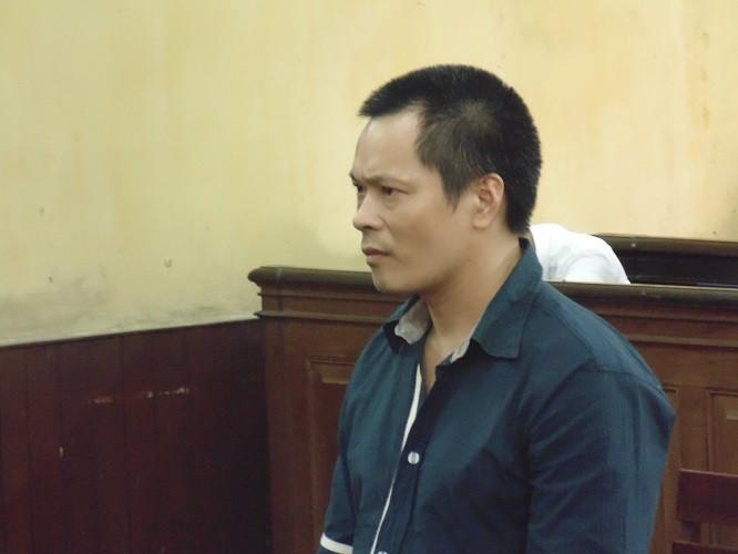 Một người Trung Quốc lãnh án vì mua bán vũ khí  - ảnh 1