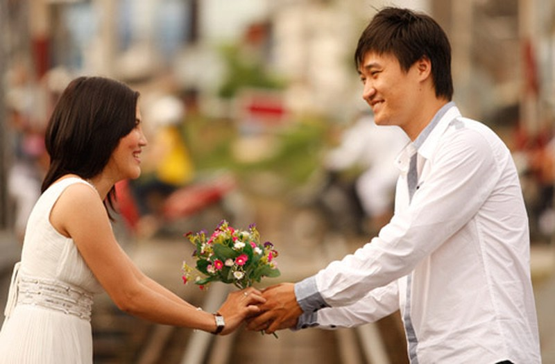"""6 cách để nói """"Anh yêu em"""" mà không cần mở lời - ảnh 3"""