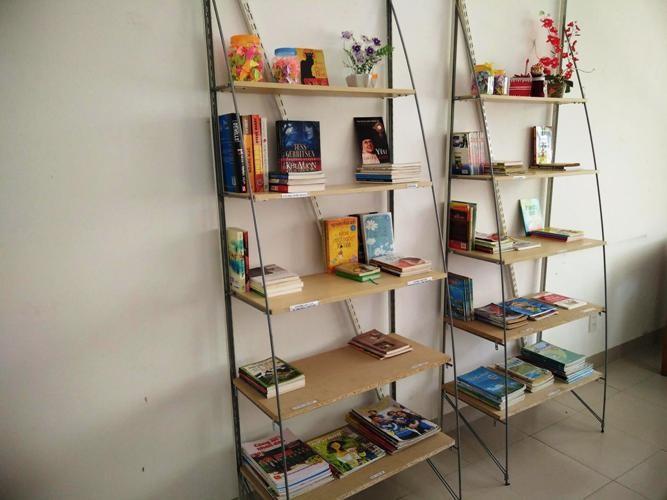Ngắm phòng đọc sách đẹp dành cho bệnh nhân tâm thần - ảnh 4