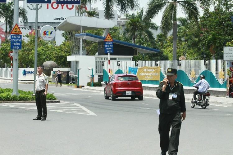 Tổng thống Obama kết thúc ngày làm việc đầu tiên tại TP.HCM - ảnh 27