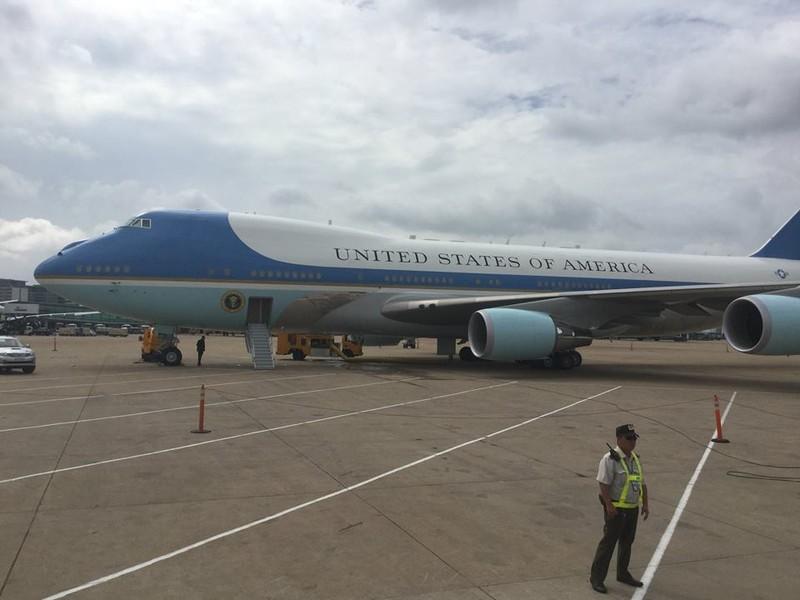 Tổng thống Obama kết thúc tốt đẹp chuyến thăm Việt Nam - ảnh 10