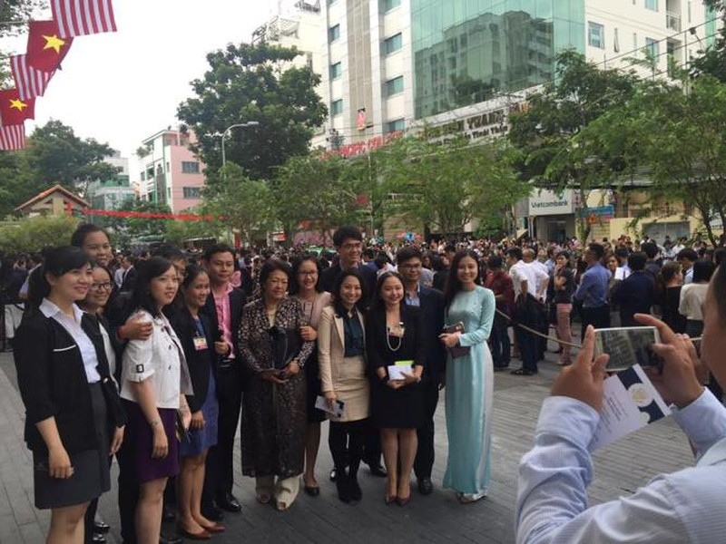 Tổng thống Obama kết thúc tốt đẹp chuyến thăm Việt Nam - ảnh 6