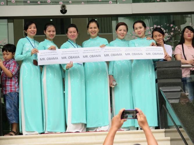 Tổng thống Obama kết thúc tốt đẹp chuyến thăm Việt Nam - ảnh 4