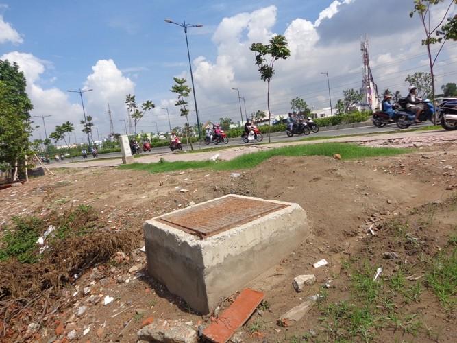 Chuyên gia phân tích những vết nứt 'lạ' trên đường Phạm Văn Đồng - ảnh 7