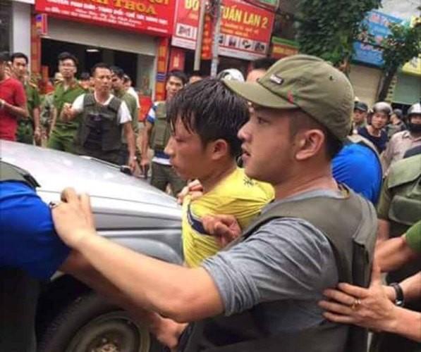 Khởi tố kẻ nổ súng bắn phó công an phường 3 tội - ảnh 2