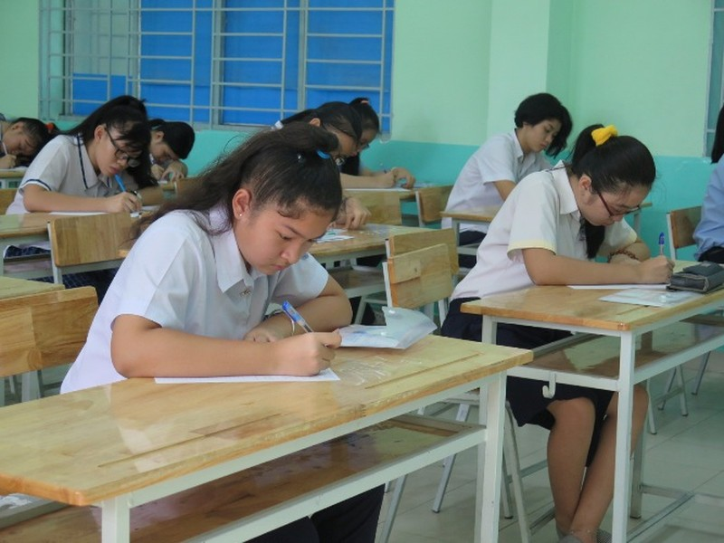 Chùm ảnh ngày thi đầu tiên tuyển sinh lớp 10 tại TP.HCM - ảnh 9