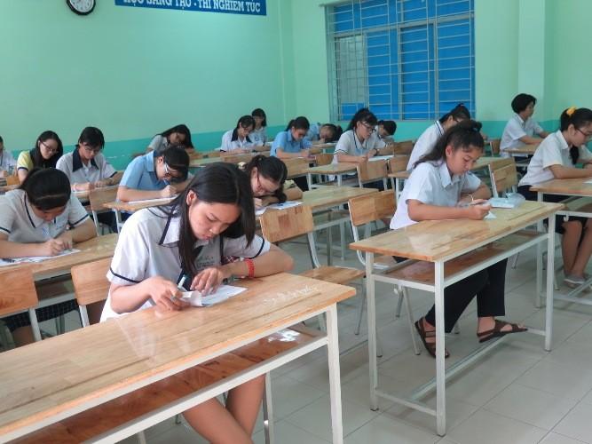 Chùm ảnh ngày thi đầu tiên tuyển sinh lớp 10 tại TP.HCM - ảnh 8