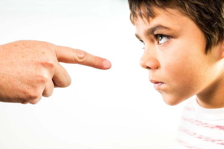 'Đối phó' với con trẻ nghịch ngợm - ảnh 1