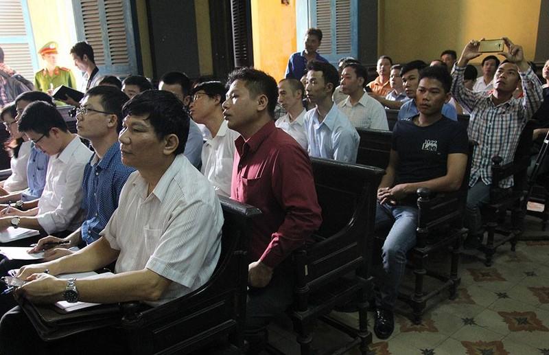 Thảm sát Bình Phước: 'Đọc bản án, không thể tha thứ cho một bị cáo nào' - ảnh 6