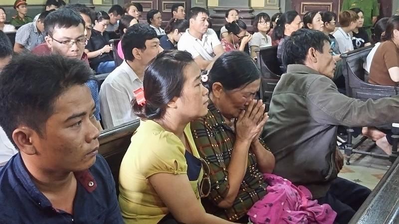 Thảm sát Bình Phước: 'Đọc bản án, không thể tha thứ cho một bị cáo nào' - ảnh 12