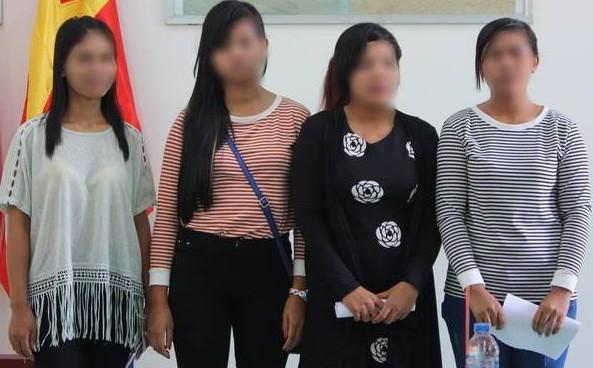 Giải cứu 4 cô gái khỏi quán 'cà phê ôm' ở Campuchia - ảnh 1