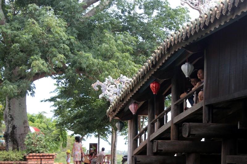 Cận cảnh cây cầu quý xứ Huế trước ngày trùng tu - ảnh 11