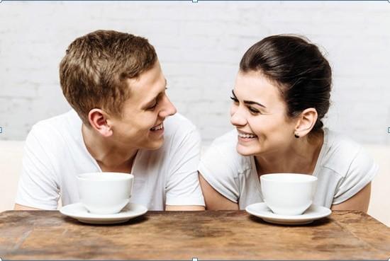Điều nên làm cho vợ vào buổi sáng - ảnh 1