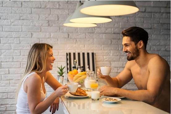 Điều nên làm cho vợ vào buổi sáng - ảnh 2