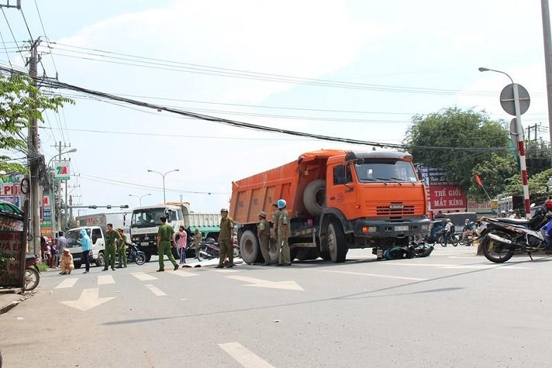Tai nạn thương tâm trên quốc lộ 1K - ảnh 1