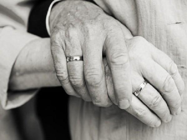 Điều 'giác ngộ' của các cặp đôi kết hôn trên 30 năm - ảnh 1