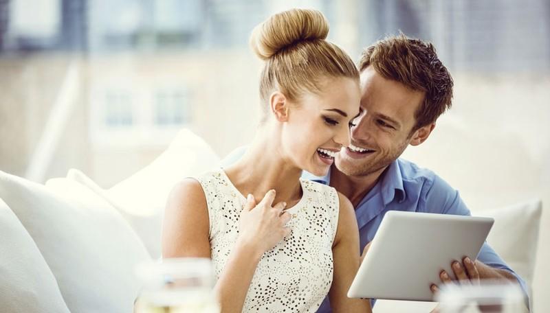Phụ nữ khéo chọn chồng để rộng đường sự nghiệp - ảnh 1