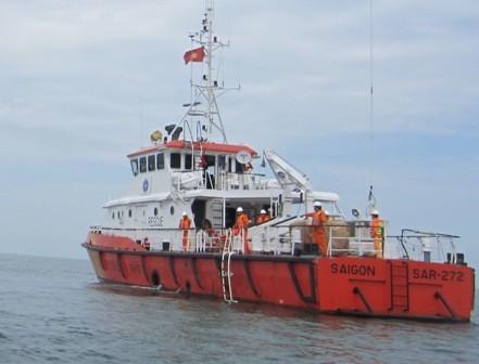 Điều thêm phương tiện tìm 4 người mất tích trên biển - ảnh 1
