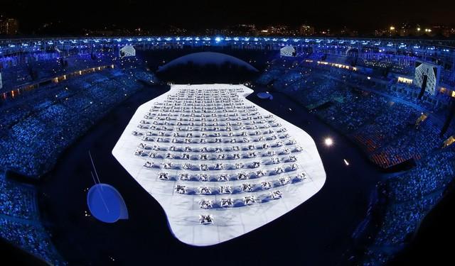 Chùm ảnh: Lễ khai mạc Olympic Rio diễn ra hoành tráng - ảnh 15