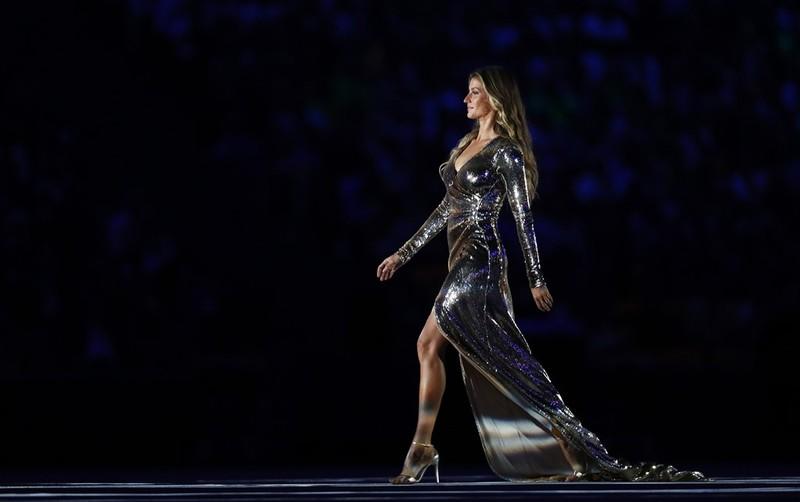 Chùm ảnh: Lễ khai mạc Olympic Rio diễn ra hoành tráng - ảnh 7