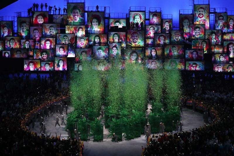 Chùm ảnh: Lễ khai mạc Olympic Rio diễn ra hoành tráng - ảnh 16