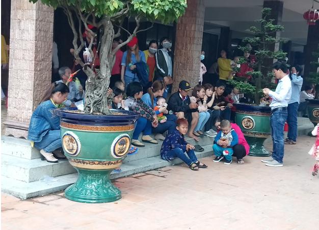 Chùa Bà Châu Đốc đón khách thập phương dịp đầu năm mới - ảnh 3