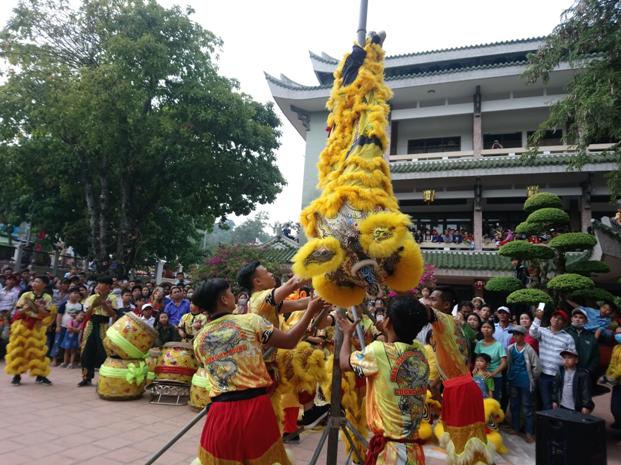 Chùa Bà Châu Đốc đón khách thập phương dịp đầu năm mới - ảnh 6